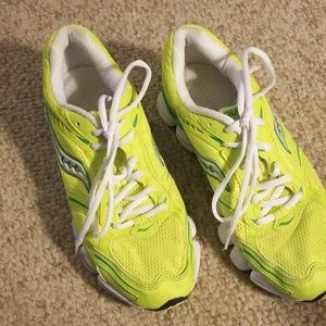 Saucony shoes in wonderful condition...NEON